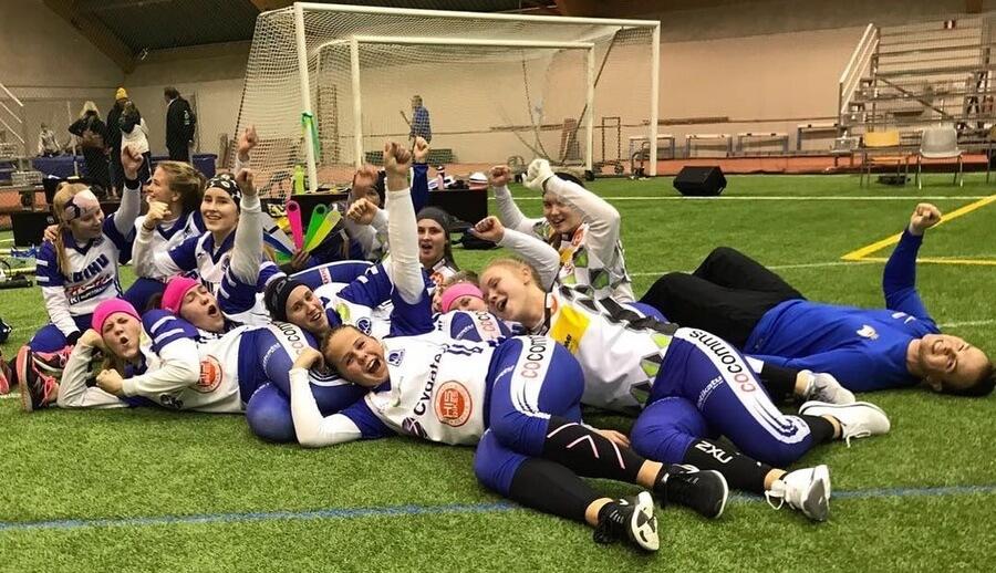 Roihu Helsingistä voitti B-tyttöjen Halli-SM-alkuturnauksen Kotkassa
