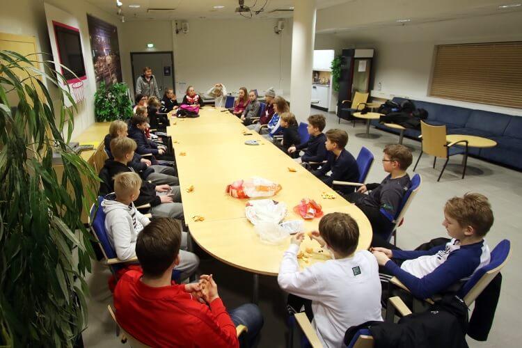 """Joensuun yläkoululeiriläiset urheilullisia, omatoimisia ja vastuuntuntoisia: """"Olemme heistä tosi ylpeitä"""""""