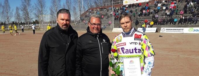 Janne Mäkelä löi uransa 700. juoksun miesten Superpesiksessä