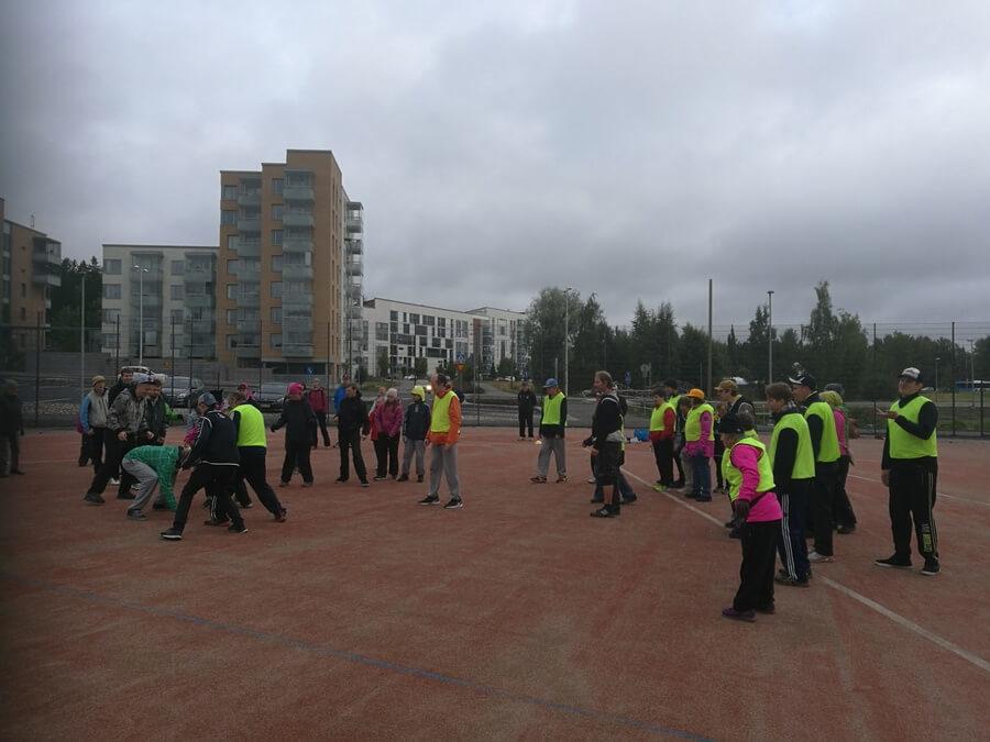 Espoon Pesis järjesti tapahtuman kehitysvammaisille – pesäpallo sopii erityisryhmille