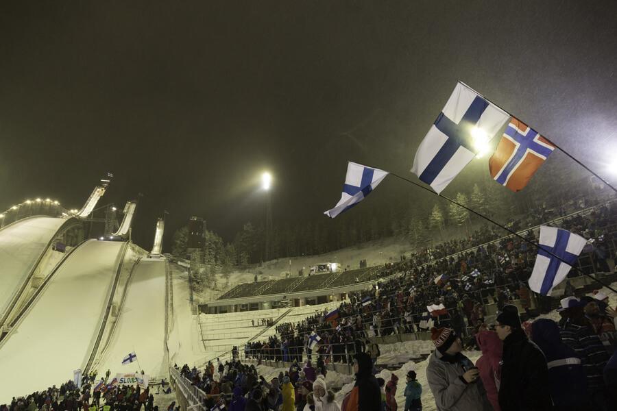 Tahko Pihkala toi hiihtourheilun Lahteen – MM-kisat vauhtiin tänään