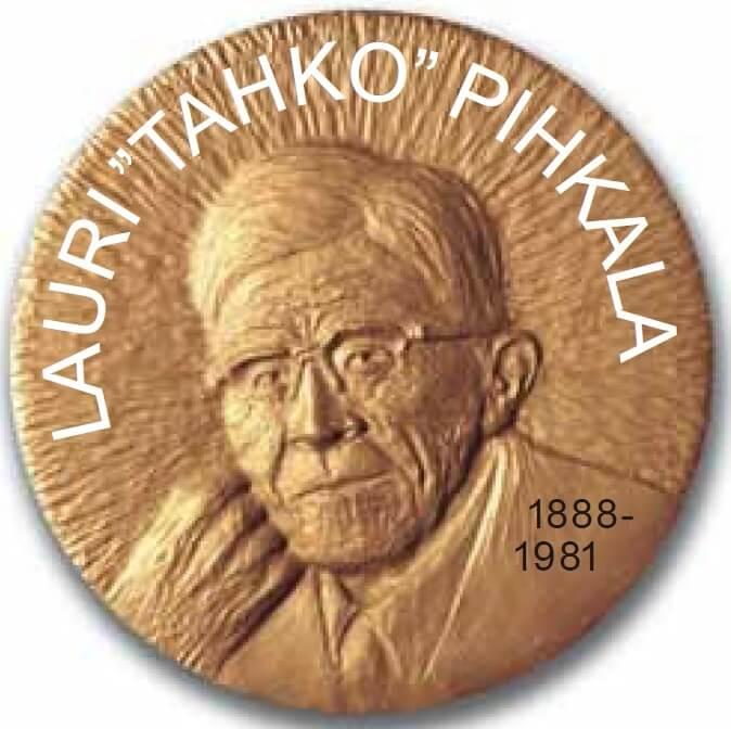 Pesäpalloliitto lanseerasi Tahko Pihkala –mitalin ja palkitsi 59 ansioitunutta