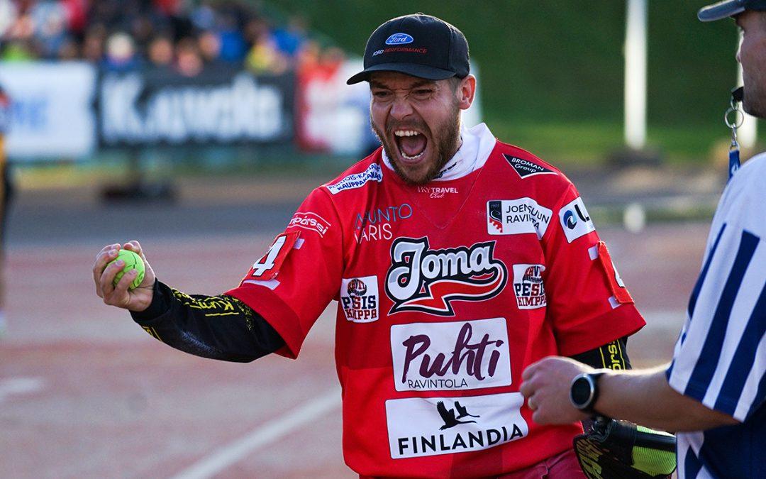 Urheilutoimittajat: Juha Puhtimäki on paras pesäpalloilija 2018!