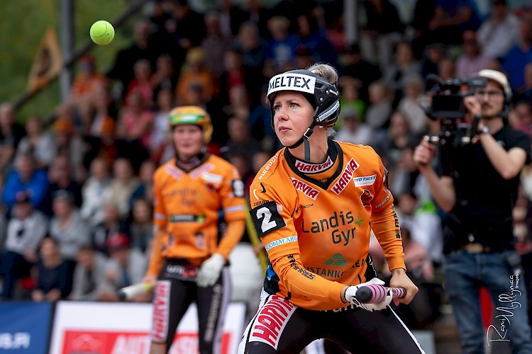 Naisten Halli-SM-turnaus vauhtiin viikonloppuna – vain alkulohkojen voittajille lopputurnauspaikka!