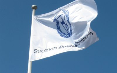 """Puheenjohtaja Savolainen kiitti kaikkia pesäpallotoimijoita kevätkokouksessa: """"Hattu päästä tosi korkealle"""""""