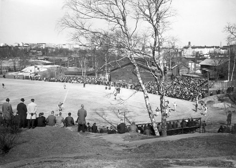 Helsinkiläisen liikunnan ja urheilun legendoja nimettiin – mukana pesäpallosta tuttuja nimiä!