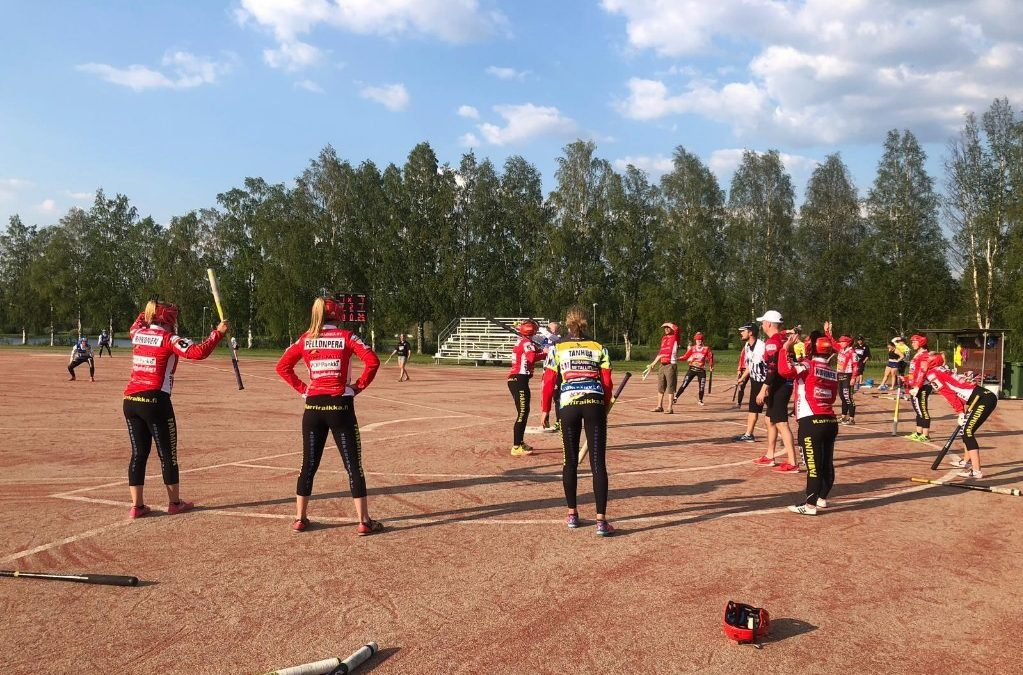 """Jyrki Pellonperä vie huippuvalmentajapolun oppeja käytännön valmennustyöhön – """"antoi paljon ajateltavaa"""""""
