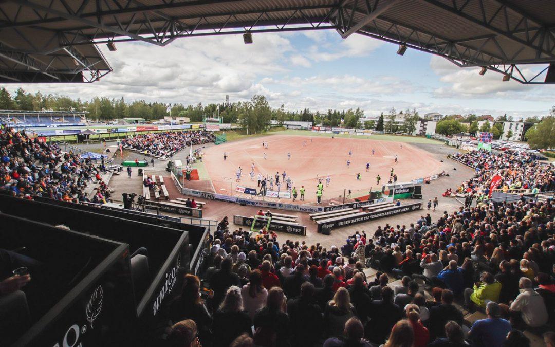 Länsi jatkaa dominointiaan – liki 4000 katsojaa näkivät upean naisten arvo-ottelun