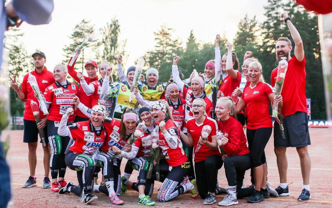 Joensuun Maila nousee naisten Superpesikseen – Kerubi Stadionilla yli 1500 katsojaa ratkaisuottelussa!
