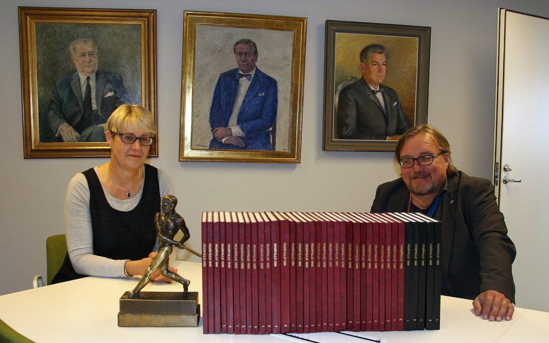 """Edesmennyt Matti Salminen oli """"pesäpallon kävelevä tietosanakirja"""" – Pesäpalloliitto sai lahjoituksena jättimäisen historia-aineiston!"""