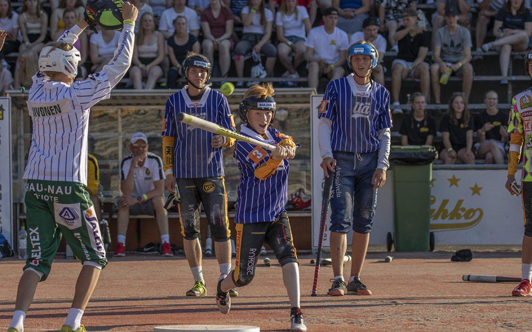 Kokeneet leirijärjestäjät juhlavuodelle – pesäpallon leiribuumi jatkuu, kun kansallispeli juhlii 2022!