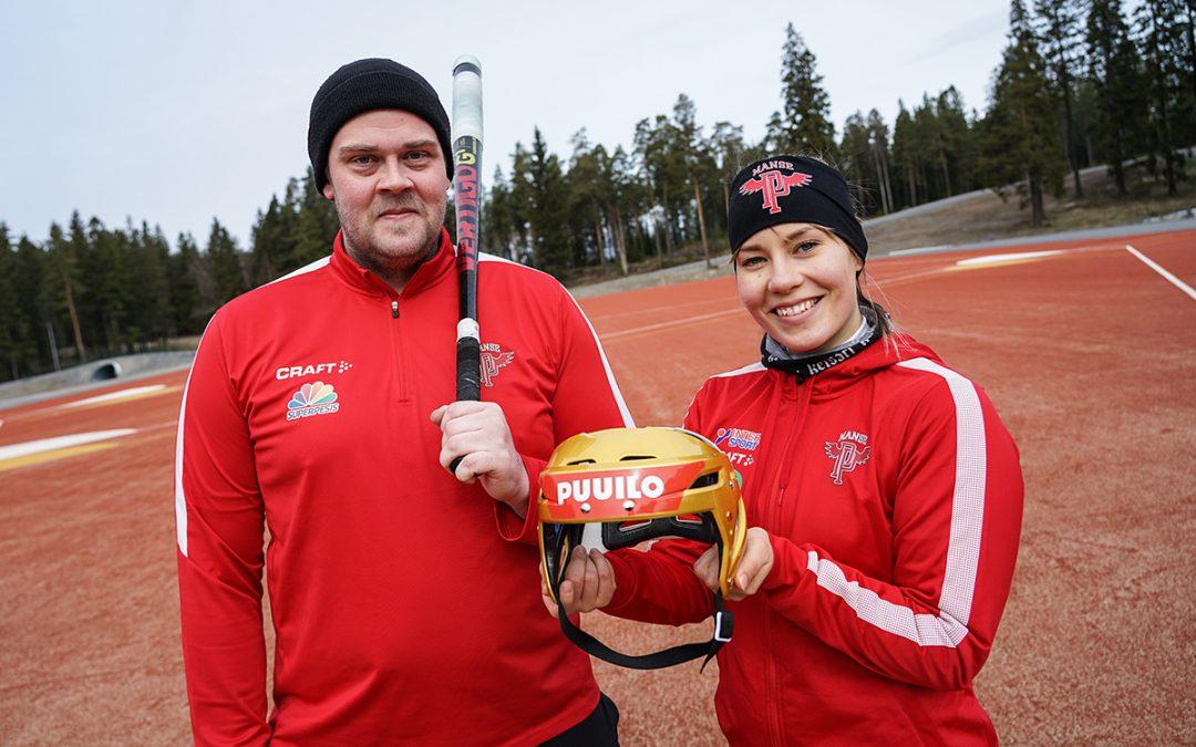 Video: Juha Niemi yllättyi itsekin Puuilopesistä-haasteessaan – osallistu ja voita Superpesiksen Puuilo-kultakypärä!