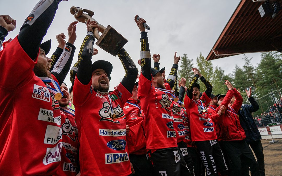 Miesten Superpesis vauhtiin 2.7. alkaen – 14 joukkuetta tavoittelee Suomen mestaruutta!
