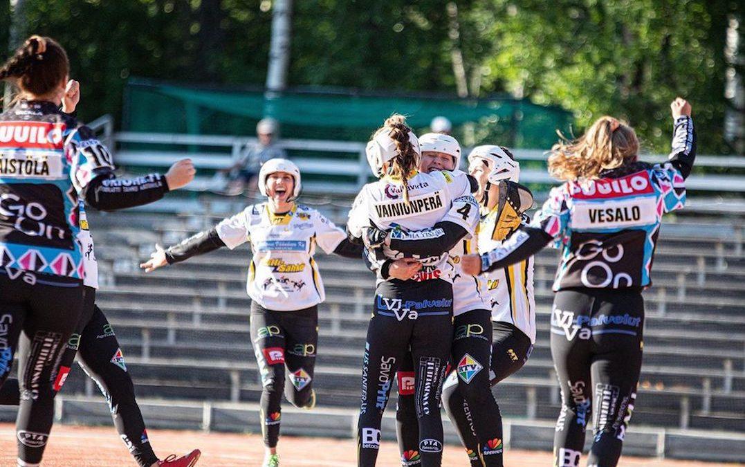 Siilinjärven Pesis voiton makuun naisten Superpesiksessä – kaikki sunnuntain ottelut supervuoroon!