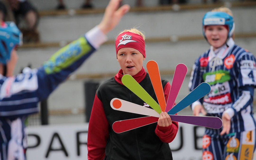 Sarita Heikkinen Pesä Ysien viuhkaan – naisten Superpesis saa naispelinjohtajan!