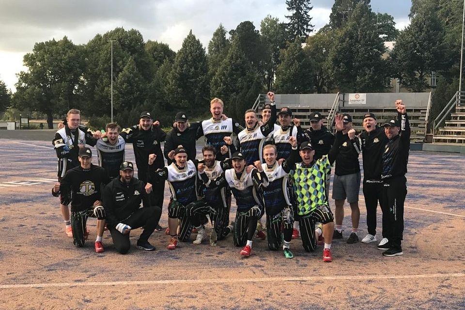 Neljä uutta joukkuetta suomensarjasta Ykköspesikseen