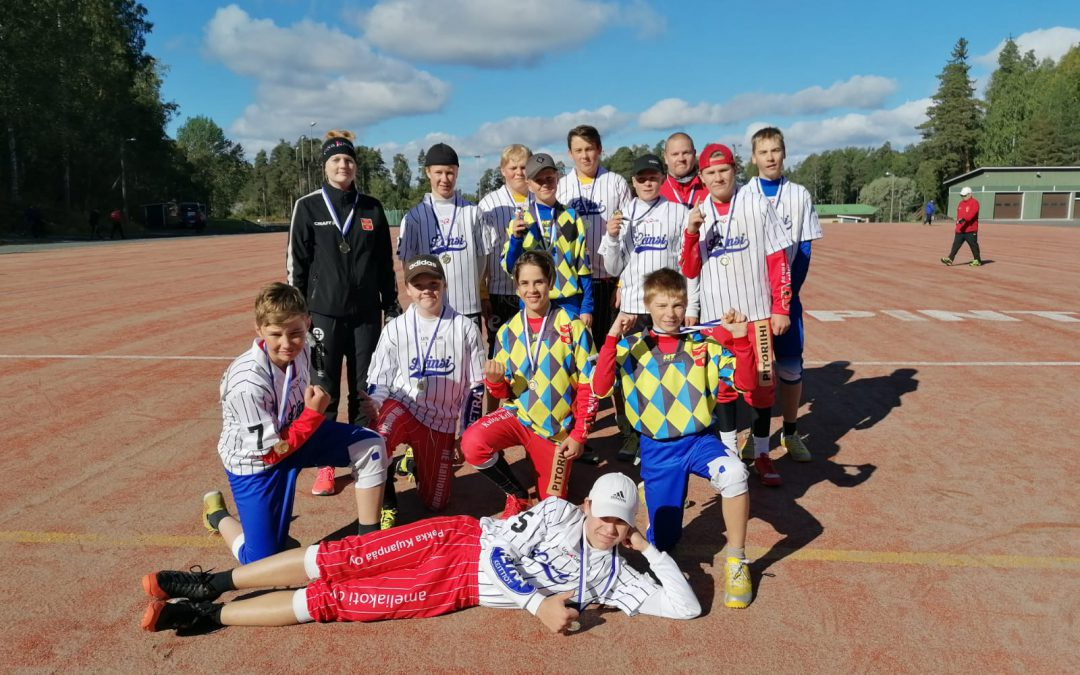 D-juniorien Itä-Länsi-ottelut Jokioisilla – huippupesistä kolmen ottelun verran