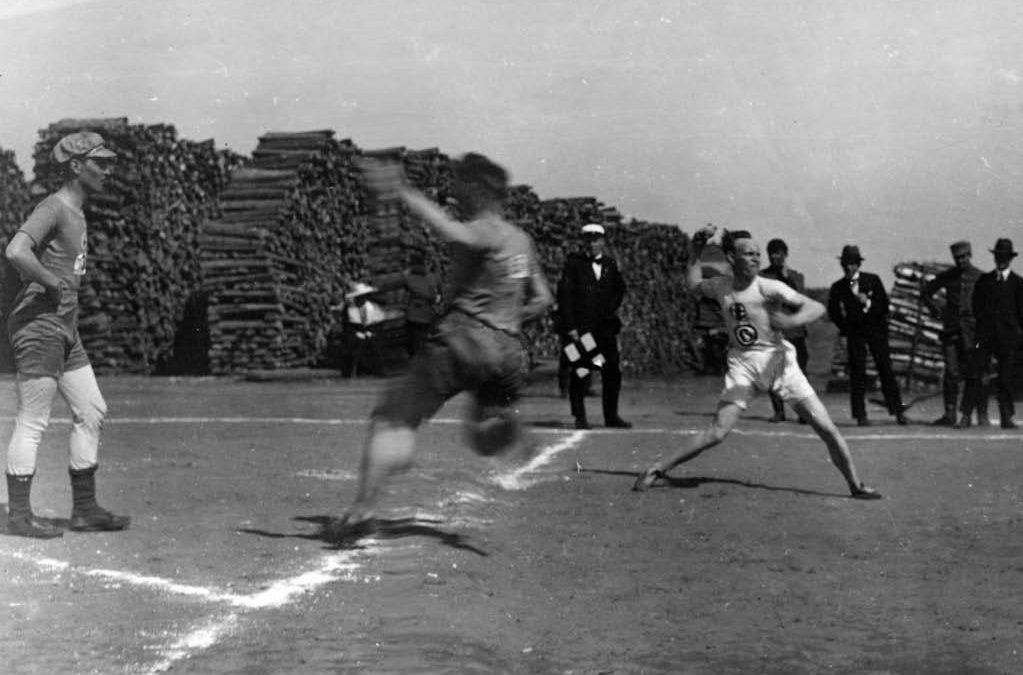 Nykymuotoinen pesäpallo-ottelu täyttää 100 vuotta lauantaina!