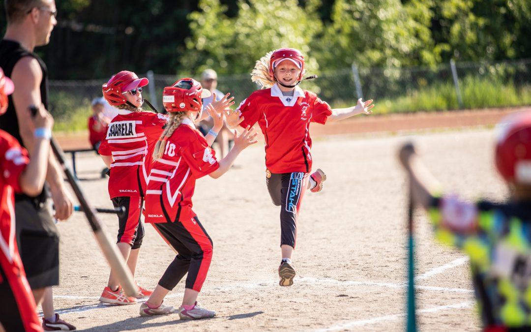Pelaaja- ja tuomarilisenssit kaudelle 2021 ovat myynnissä Suomisportissa!