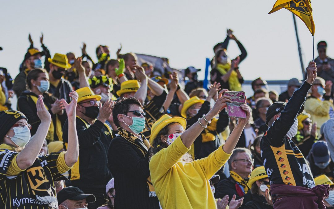 """Pesäpalloliitto odottaa maksavia katsojia ottelutapahtumiin – """"seurat ovat olleet kovassa kurimuksessa"""""""