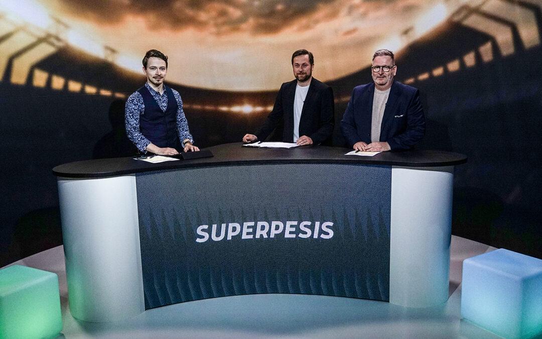 Yli 40 Superpesiksen päälähetystä Ruudussa Itä-Länteen mennessä – uutuutena Supermaanantai kentältä ja studiosta!