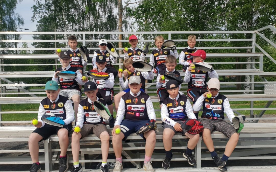 Maila-Jussien E10-pojat innostuivat kopittelusta – haaste on heitetty kaikille joukkueille ympäri Suomen!