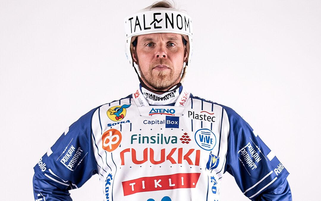 Janne Mäkelä iski 1000. lyödyn juoksunsa Superpesiksessä!