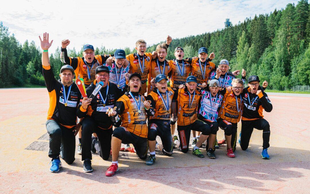Haminan Palloilijat rynnisti omilla kasvateillaan C-poikien Suomen mestariksi