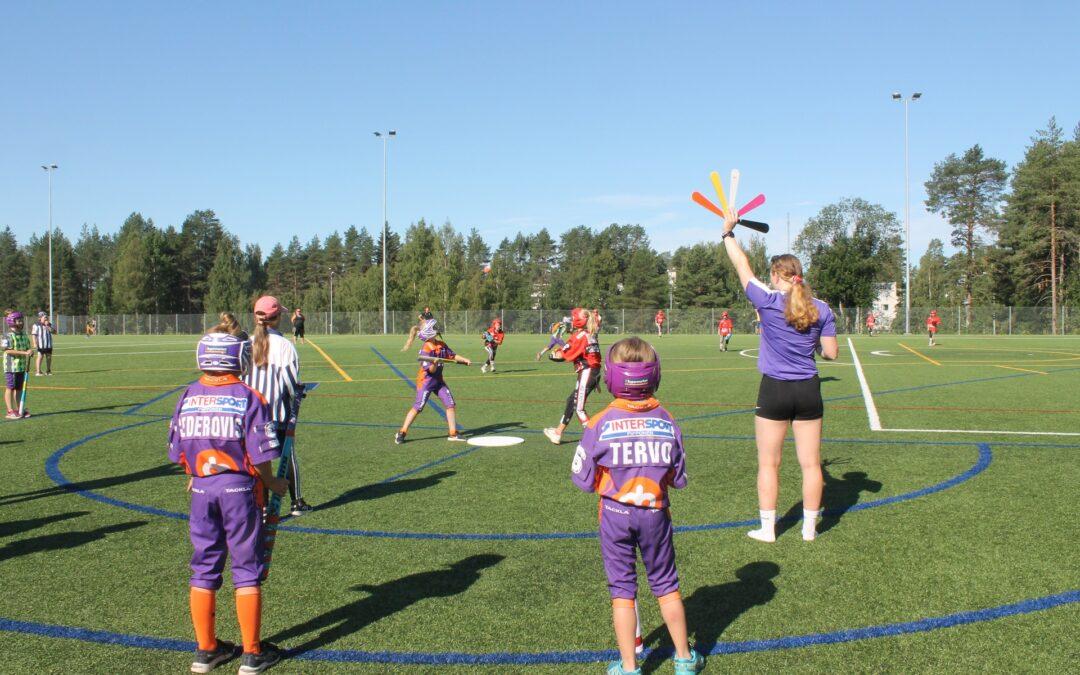 Somekuvat: Peli-ilo purkautuu Kajaanin Naperoleirillä iloisina ilmeinä ja tuuletuksina!