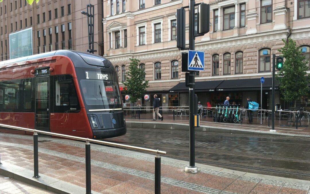 Helpompi saavutettavuus – superpesismatsiin pääsee nyt metrolla ja raitiovaunulla!