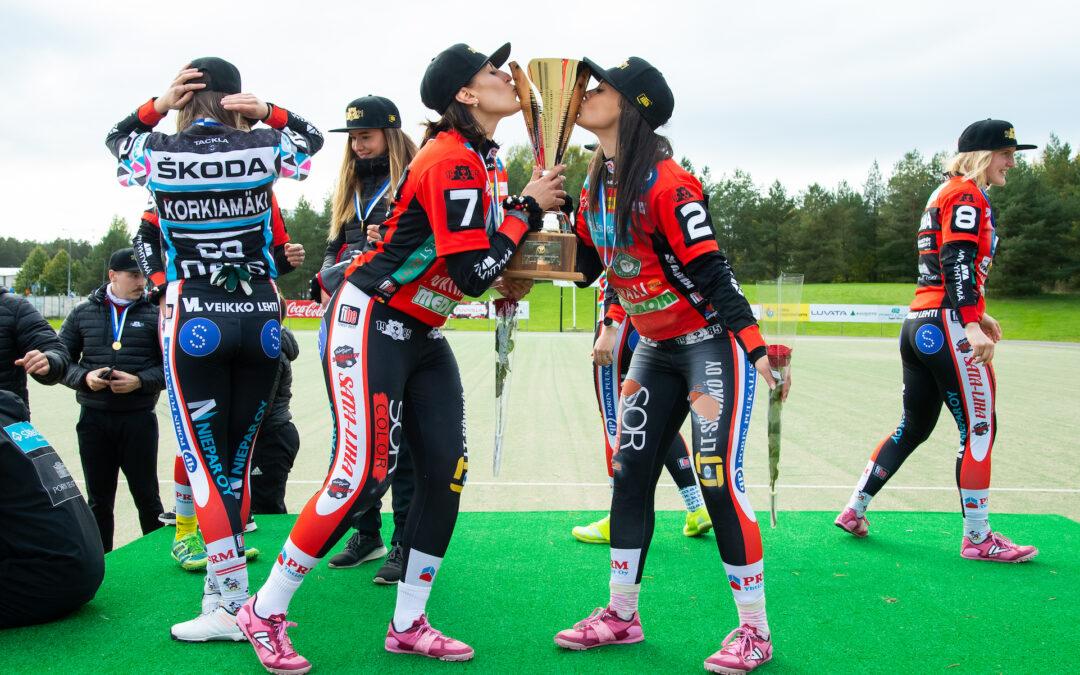 Kaisa-Maija Rosvall meni sanattomaksi: 15. superpesiskausi ja kirkkain kruunu uralle!